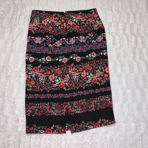 NY&Co. Floral Pencil Skirt